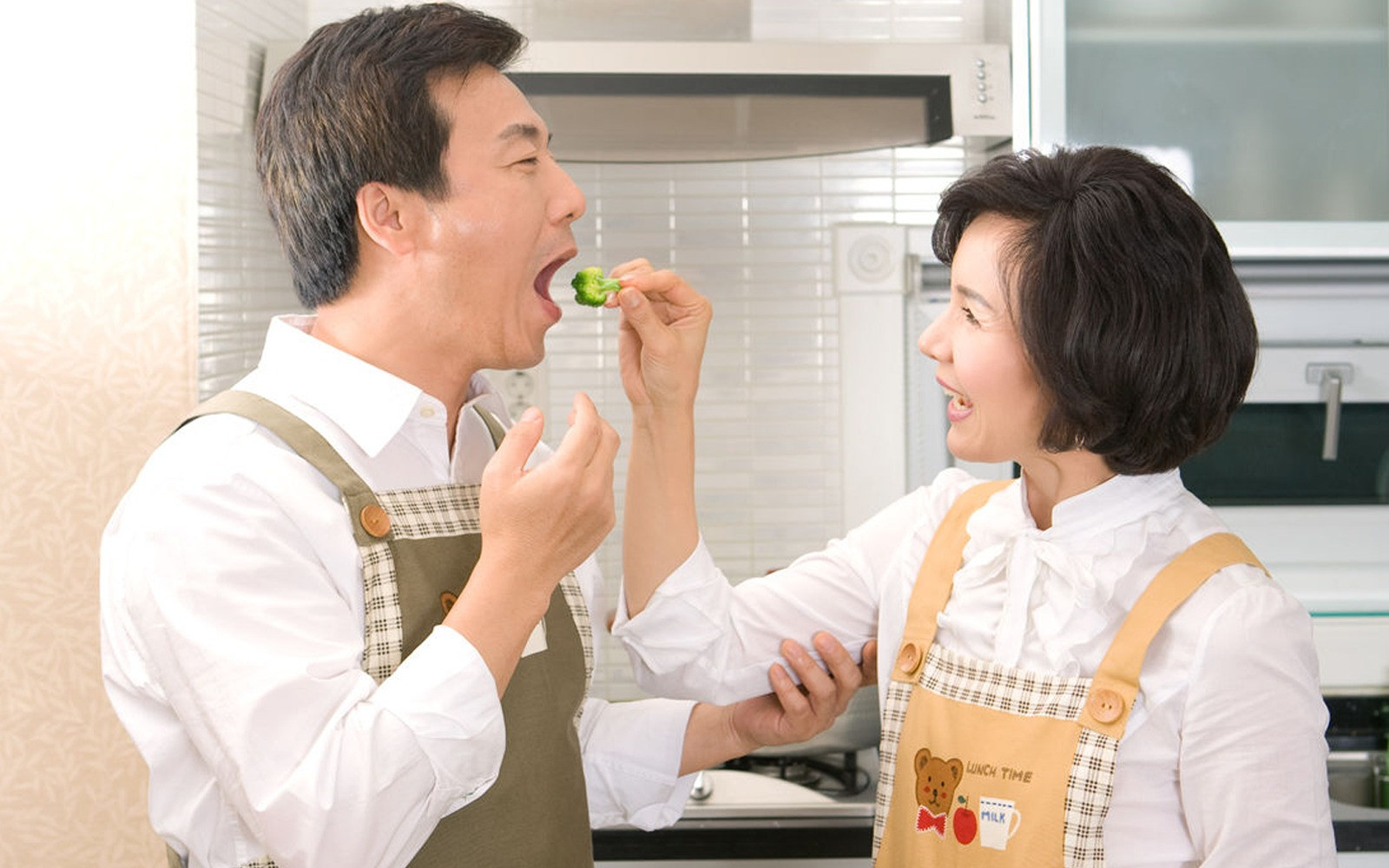 Tetap Semangat Jaga Pola Makan dengan 7 Trik Ini