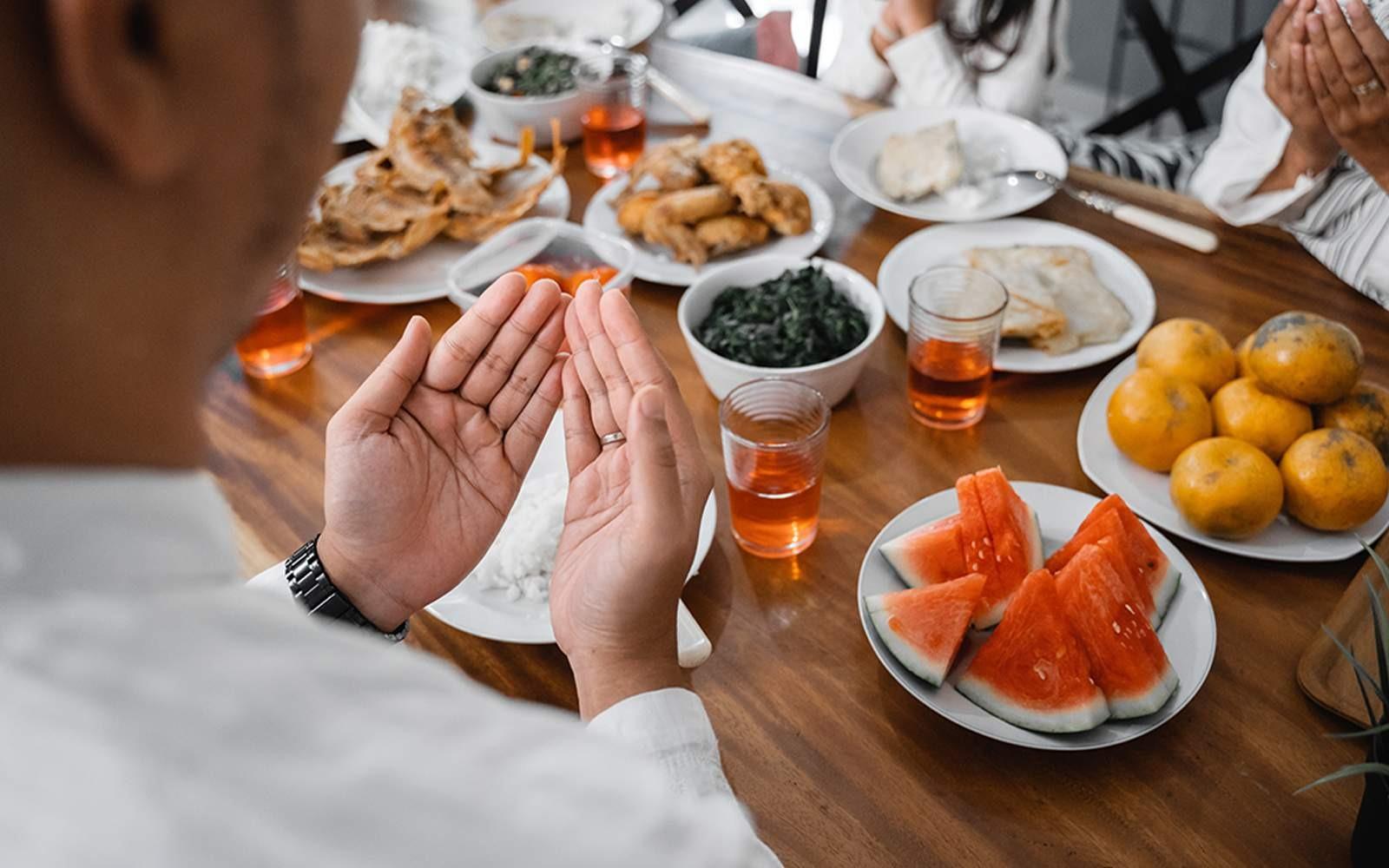 Tips Buka Puasa yang Aman bagi Diabetesi