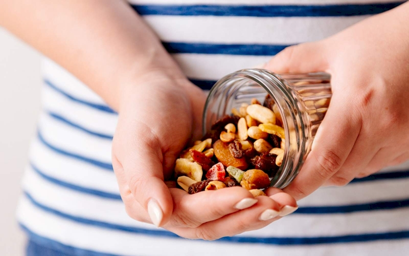 Healthy Snacking Tips for People with Diabetes