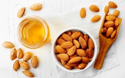 Permen Buah & Almond
